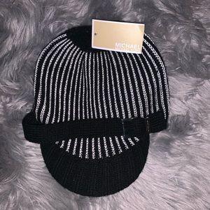 MICHAEL Michael Kors Cable Knit Newsboy Hat